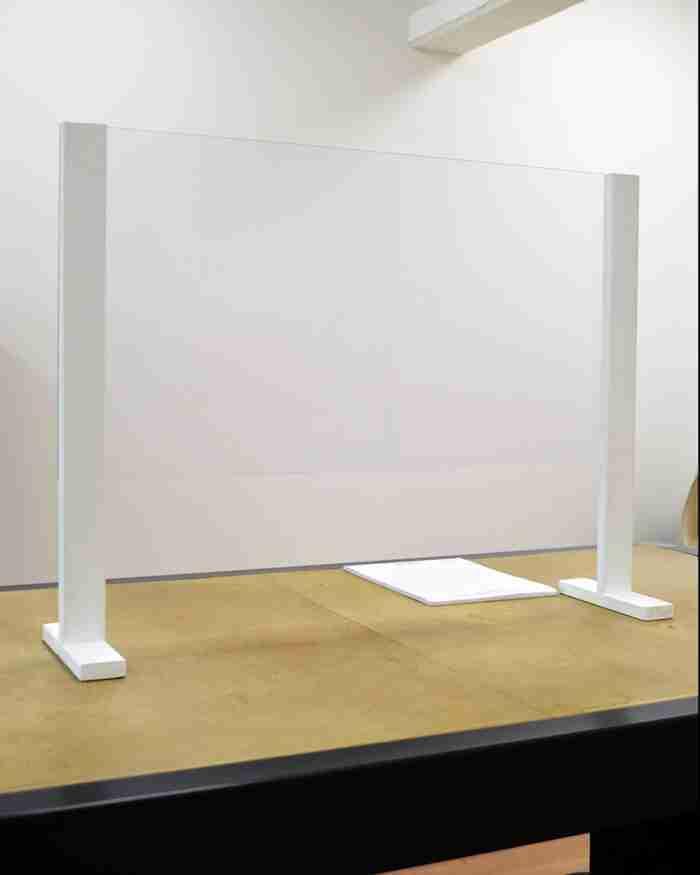 Barriera di protezione in plexiglass (policarbonato) spessore 3mm - CST Scenografie
