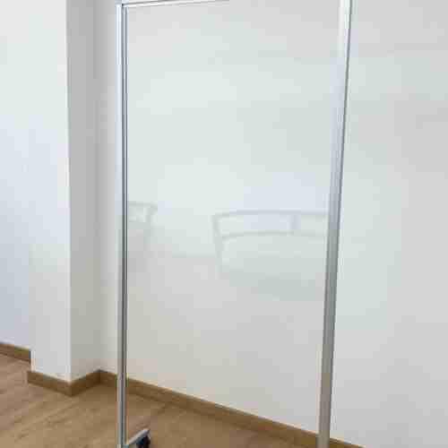 Barriera divisoria mobile in plexiglass (policarbonato) da terra misure 200x100cm 200x150cm 200x100cm 200x50cm spessore 8mm - CST Scenografie